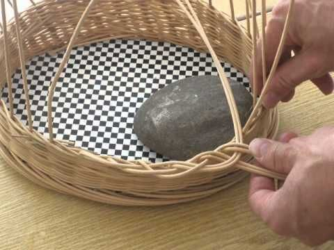 Загибка 1Korbflechten Zopfrand Anfang - YouTube