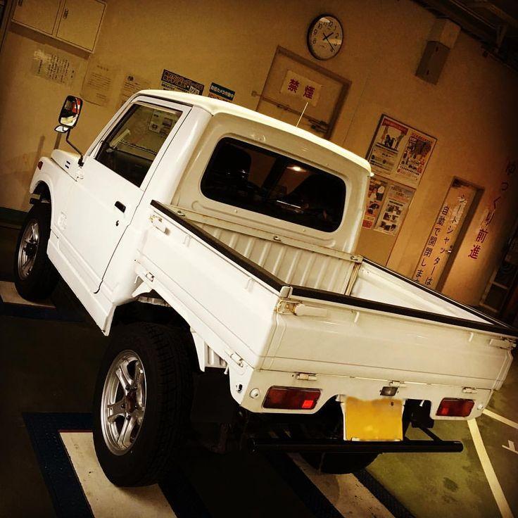 いいね!85件、コメント6件 ― Daiki Takahashiさん(@dt_motors)のInstagramアカウント: 「ジムニーにキャリイの荷台。 これが本当のハイブリッド・カー‼︎(笑) #車検 #構造変更 #改造 #公認車検 #SUZUKI #スズキ #Jimny #ジムニー #CARRY #キャリイ…」