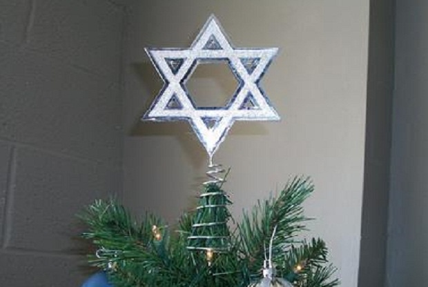 Hanukkah Tree Topper seems weak in body, strong in meaning
