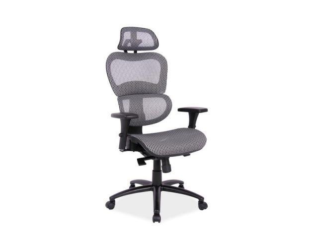 Fotele biurowe Q-488 ma miękkie siedzisko tapicerowane tkaniną membranową oraz oparcie pokryte siatką. Oba te materiały cechują się dużą odpornością na ścieranie oraz są przewiewne.