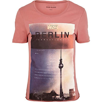 pink berlin city print t shirt hombre pinterest. Black Bedroom Furniture Sets. Home Design Ideas