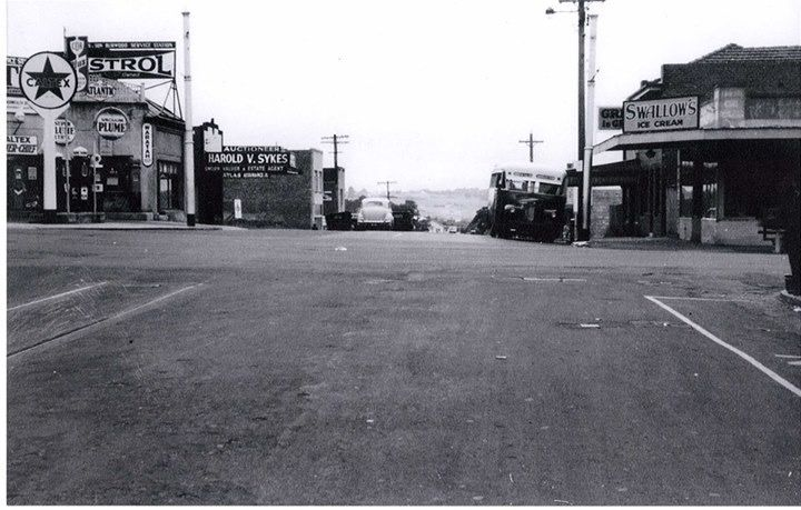 Jarvis service station on the corner of Burwood Highway and Warrigal Road