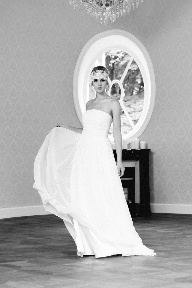Leicht, schlicht und zart, einfach ein traumhaftes Brautkleid! Unsere ...