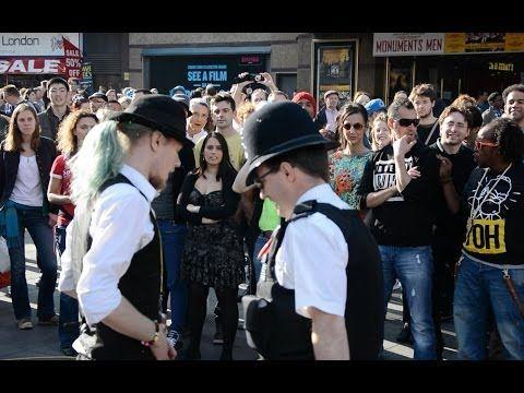 Rueda De Casino Flashmob London - YouTube