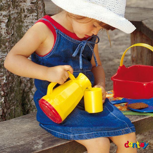 Picnic set - 3 servicios DANTOY - Ref. 014248 Set de picnic para 3 personas. Incluye cesta para guardar y transportar las piezas. Contiene 18 piezas. Medidas: 19 cm