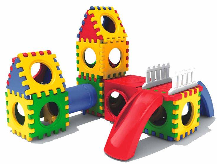 Adiconsum, in questi giorni di corsa ai regali di Natale pone l'attenzione proprio sui giocattoli, infatti gli ultimi sequestri operati dalla Guardia di Fi
