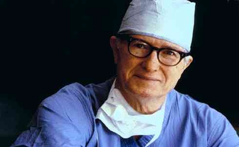 Famous Mississippian: Dr James Hardy, performed the world's first lung transplant in 1963 at THE University of Mississippi Medical Center. The next year, he performed the world's first heart transplant surgery at THE University of Mississippi Medical Center in Jackson, MS. Bravo, Mississippi, and Hotty Toddy.