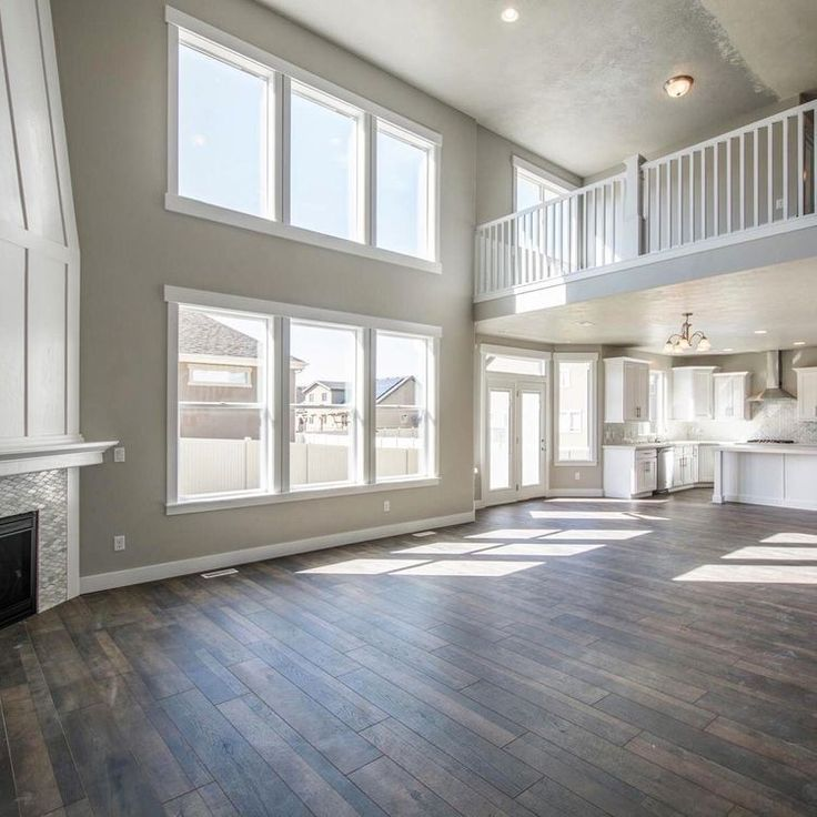 Fenster und Dachboden im Obergeschoss