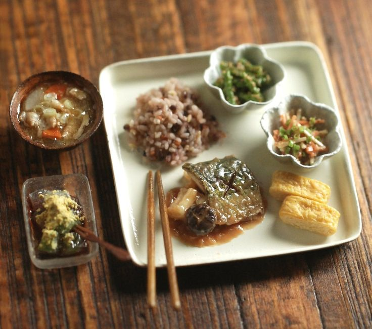 A Japanese set lunch/dinner in miniature by Nunu's House