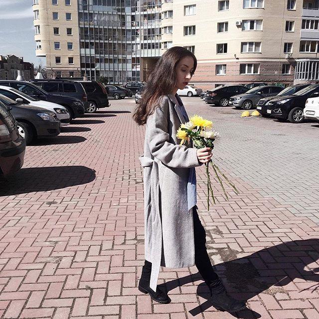Выгуливаю цветы  Весна, конечна, в этом году сильно пьяна, но таки пришла и к нам, аллилуйя  . . . . . . . . . . . . #спб #питер #vscospb #russia #vscocam #vscogood #vscoview #vscoeurope #vscorussia #vscodaily #liveauthentic #livefolk #vscofood #vsco_hub #justgoshoot #vscocity #goodmorning #vscofashion #nothingisordinary #simplebeyondblog #vscocoffee #minimalistics #keepitsimple #kinfolk #vscospring