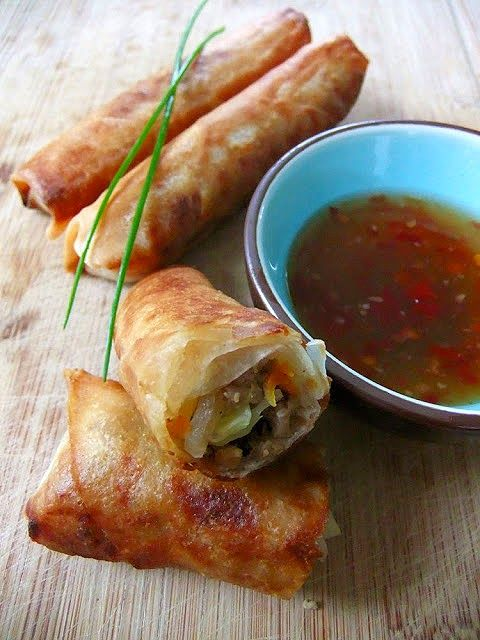 Recipe for Phillipine-style Eggrolls made with a savory filling of ground turkey and fresh vegetables #asianfood