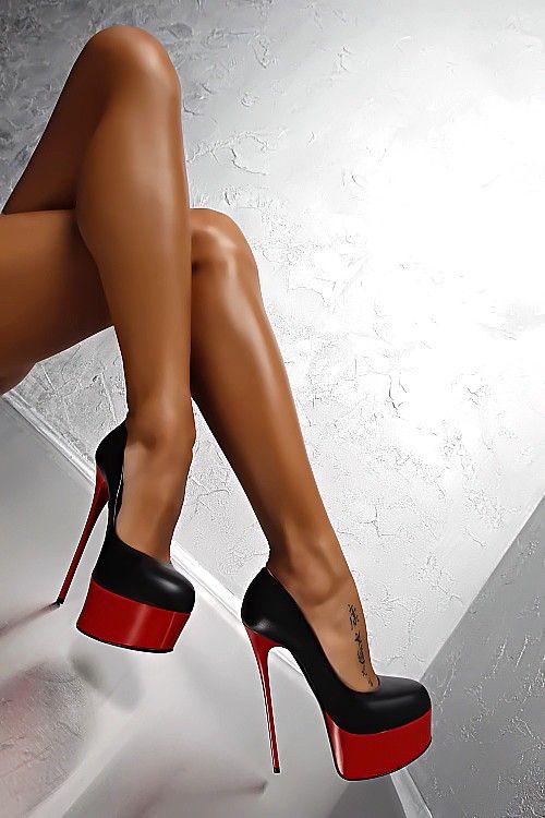 Черные туфли женские с красным каблуком Lorenzi в интернет-магазине Шопоголик