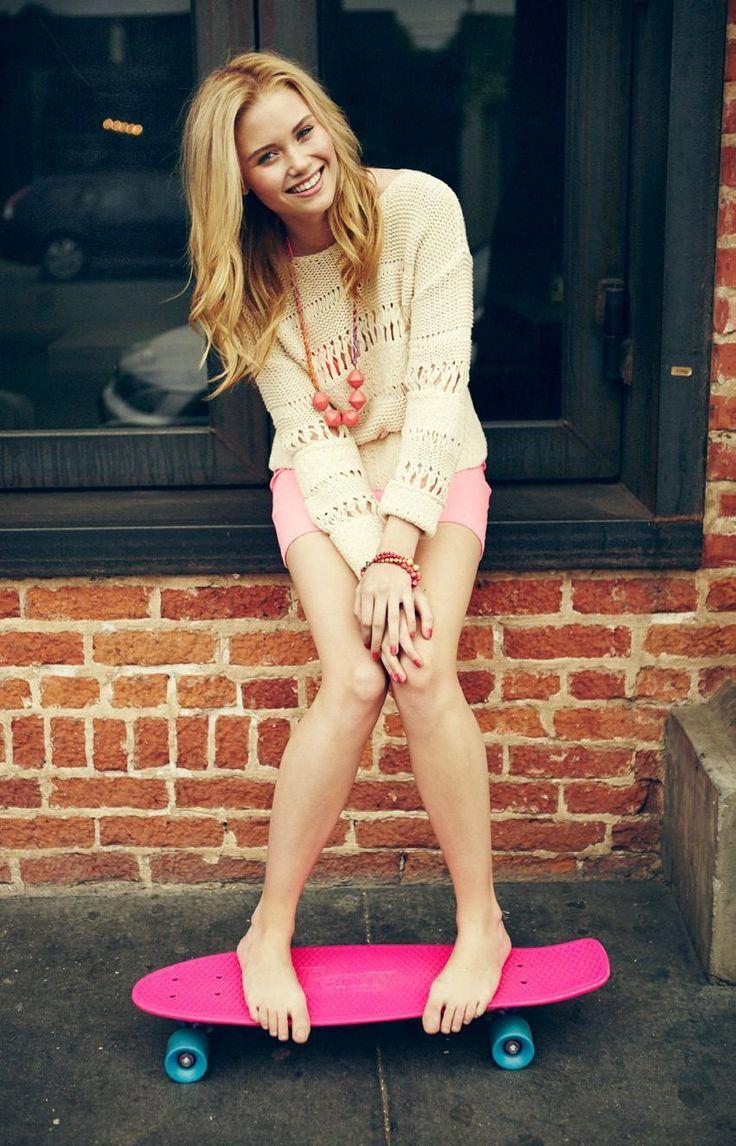Jenna played by Ginny Gardner