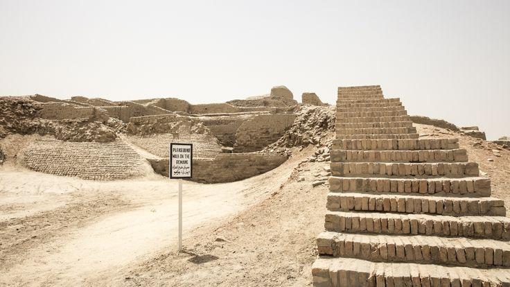 Pakistan's Moenjodaro is crumbling away | Pakistan | Al Jazeera