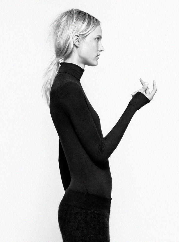 Chic Minimalist Style - turtleneck top, bold simplicity fashion, design, minimal, simplicity, minimalist, minimalism