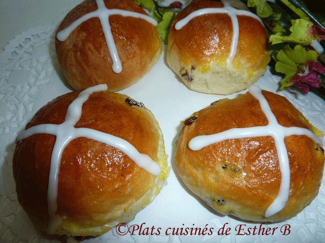 Les plats cuisinés de Esther B: Brioches du Vendredi-Saint