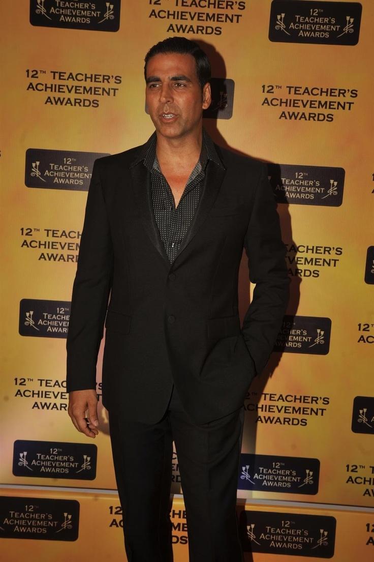 Akshay Kumar  at Teachers Awards 2013.