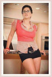 Sunny Leone Natural Beauty Pics For Whatsapp, Facebook