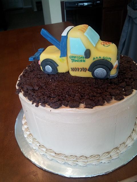 Wrecker Birthday Cakes