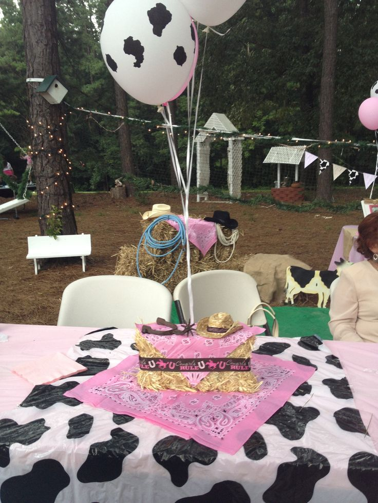 Cowgirl party centerpiece