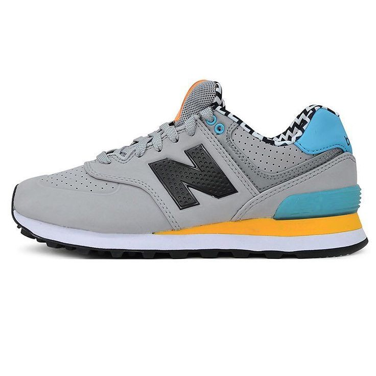 NEWWW NEW BALANCE 574 ACRILYC GRIS $2600 tarjeta y $2400 efectivo. Importadas de EEUU originales se entregan con caja STOCK LIMITADO! Se agotan y no vuelven Local Belgrano Envíos Efectivo y tarjetas Tienda Online www.oyuelito.com.ar #followme #oyuelitostore #stylish #styles #fashion #fashionista #fashionpost #ootd #newbalance #moda #sneakers #instafashion #trendy #chic #girl #trends #outfitoftheday #modafemenina #showroom #zapatillas #cool #loveit #look #inspirationoftheday #newbalance574