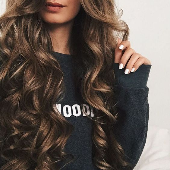 wavy long hairstyles + brunette