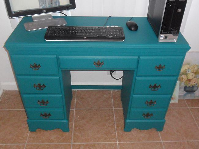http://www.thriftshopcouture.com/wp-content/uploads/2012/11/Refurbished-Desk.jpg