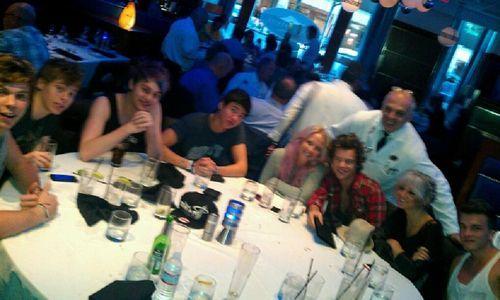 5SOS, Harry, Lou, JoshTeasdale, Direction Updates, Harry Paid, Direction Families, Lou, Josh, 5Sos, Harry Pick, Harry Style