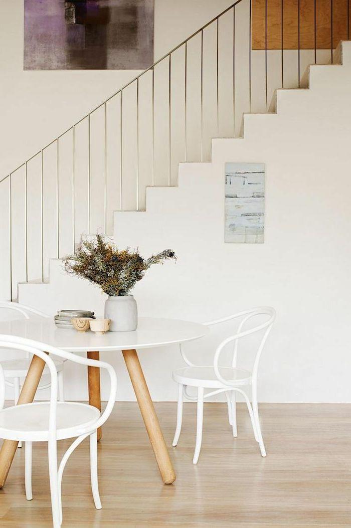 rampe d'escalier design élégant, escalier moderne, rampe d'escalier inox