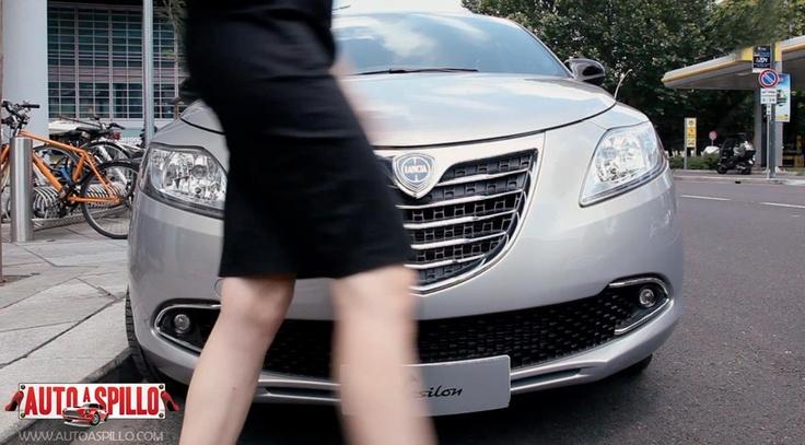 Test drive Lancia Y 5 porte: http://www.youtube.com/watch?v=U0or7AMuyOQ=plcp