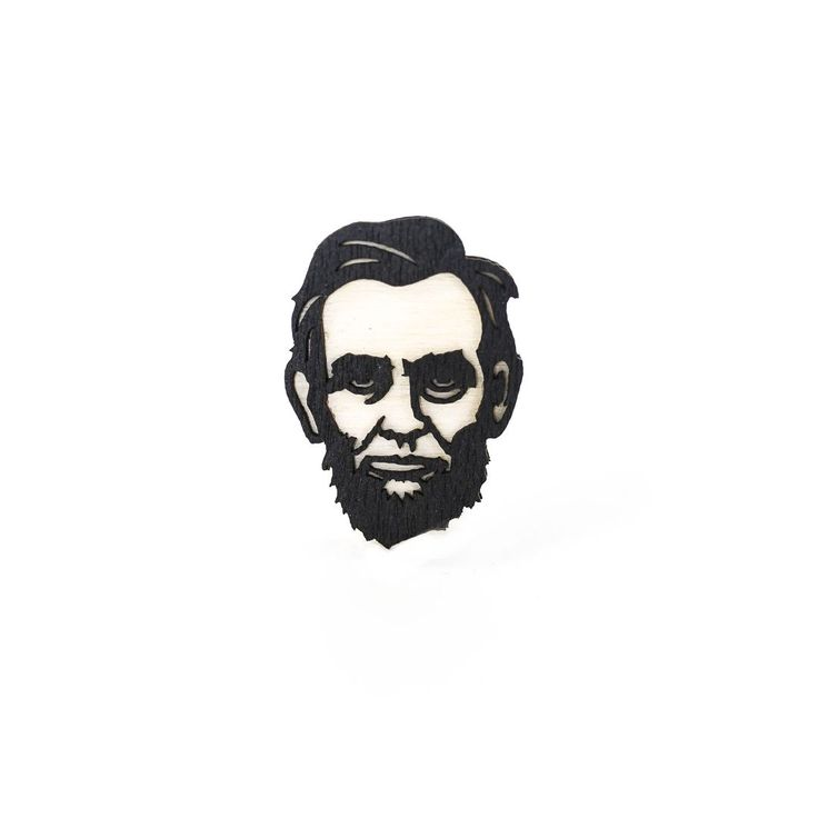Значок из дерева Авраам Линкольн. Значок из нескольких пород дерева, 4 см в высоту, сделано в Санкт-Петербурге.