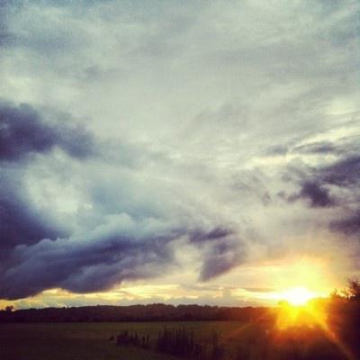 After the rain.. #nature #summer #rain #cloudporn #clouds #sunset #sun #light #alabama [credit tumblr]
