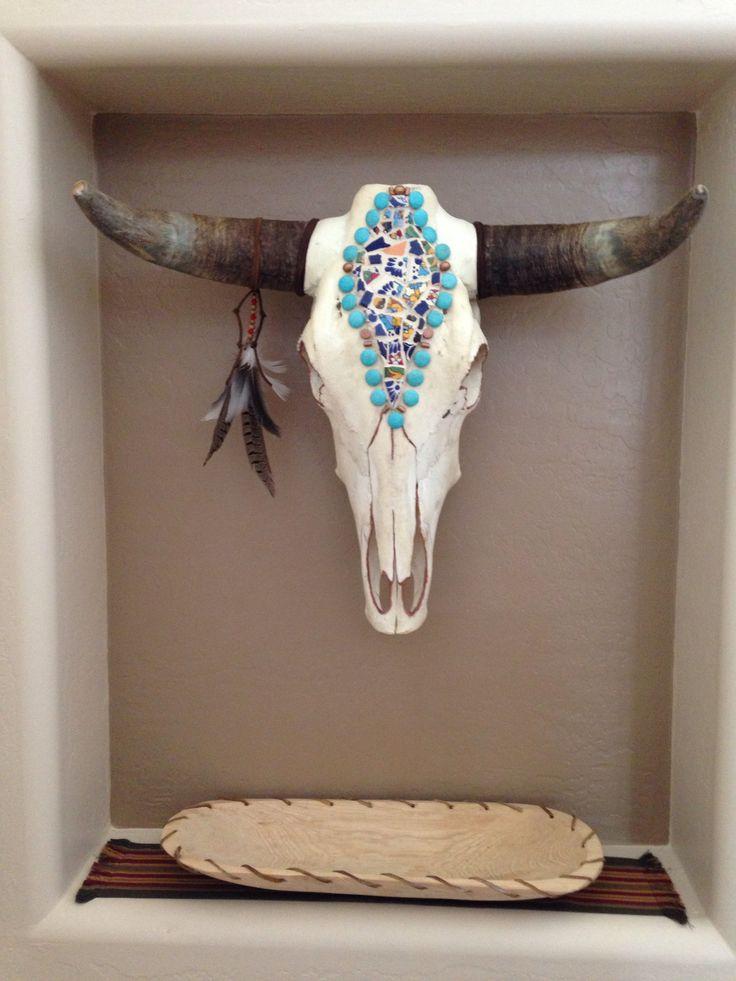 Cow skull art (kleuren icm steentjes en veer)