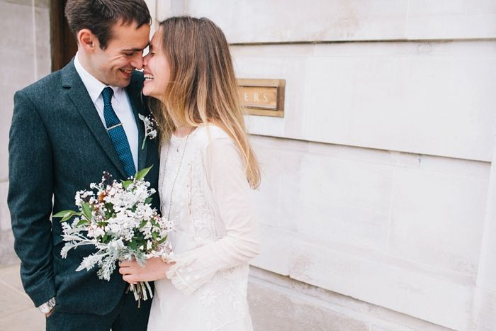 cool-laid-back-hackney-town-hall-wedding_0022