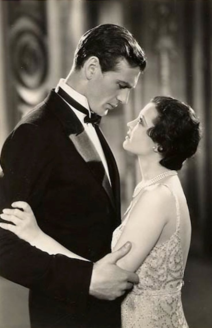 Gary Cooper, and Sylvia Sidney - 1931 - City Streets
