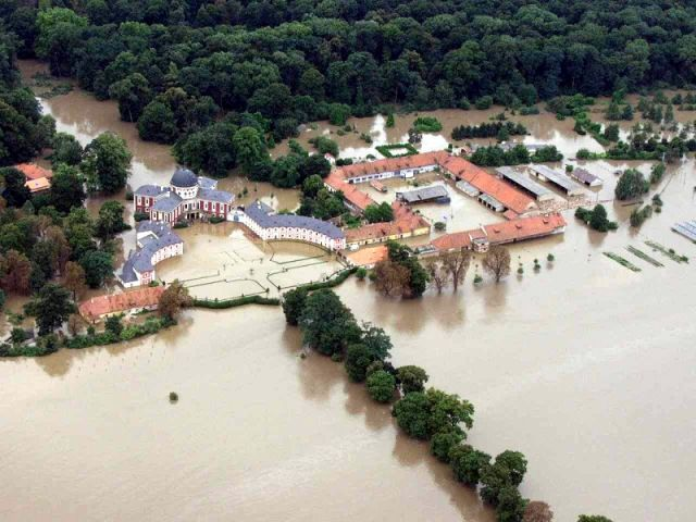 Floods in 2002