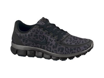 Nike 'Free Running Shoe (Women) available at com In black & pink