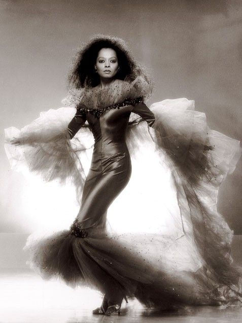 Diana Ross ~ Signature items: slinky dresses, fur, turbans, long and loose dresses, fringed accessories