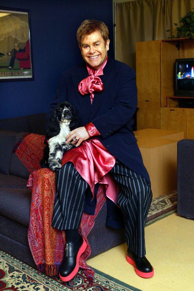 Elton John\u0027s Outfits Through the Years 2004