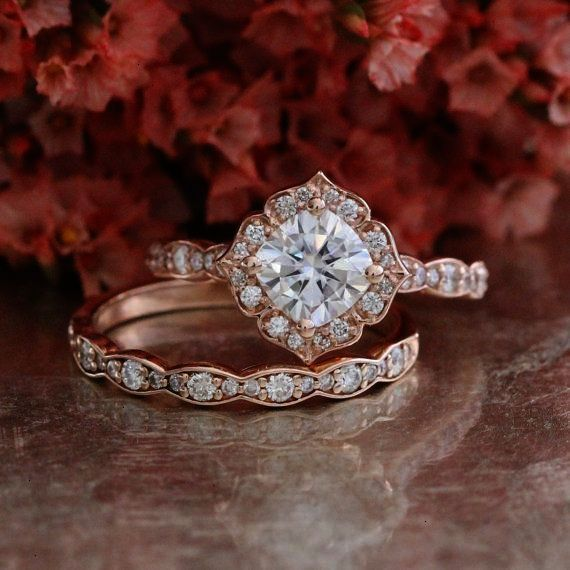 402b0279450bc Large Engagement Ring Cake Topper Single Solitaire Diamond Ring ...