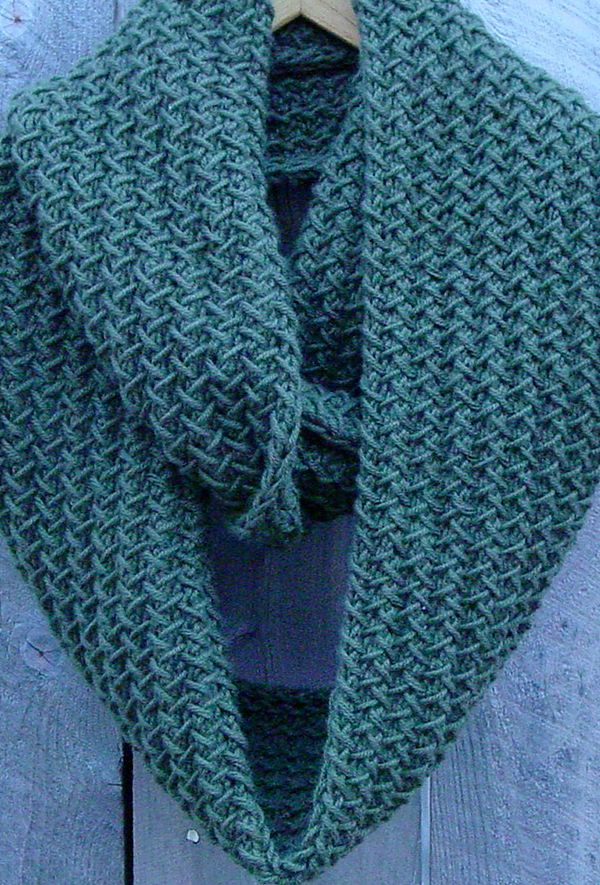 Knitting A Scarf Quickly : Best images about scarf cowl knitting patterns on