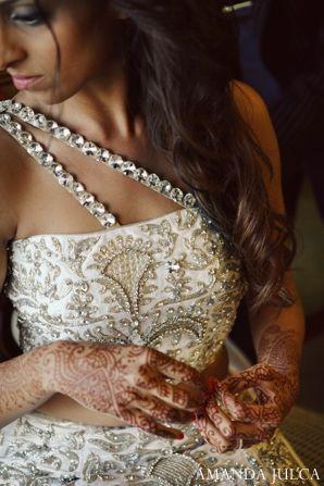 The Indian wedding reception bride.!       Aline