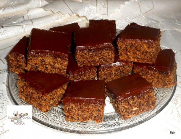 Almás-diós kevert süti csokimázzal