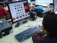 BLOGando n@ Escola: Costumes e Tradições de outros Povos: http://blogandonaescola1.blogspot.pt/2010/02/costumes-e-tradicoes-de-outros-povos.html