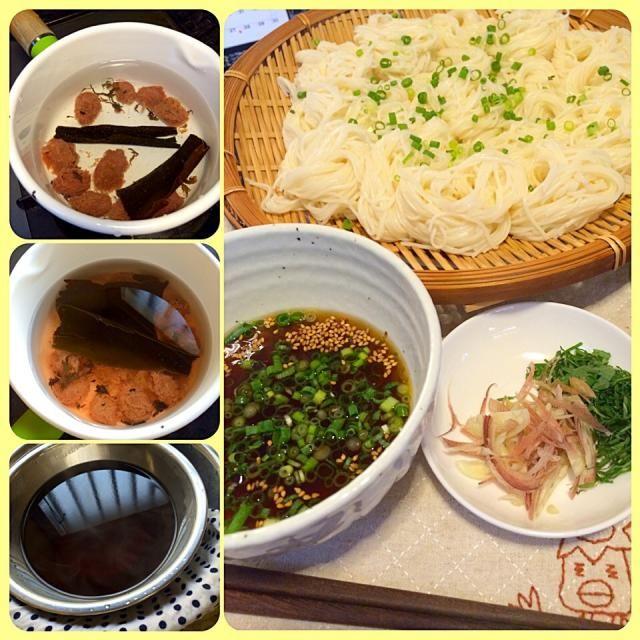 梅干しのタネからとった塩分でめんつゆを作るとほのかな梅の香りと塩味がしてとっても夏らしい味わいです( ´ ▽ ` )ノ  みみっちい?けどこの味食べたさに、梅干しタネは口に入れずにビンに入れます。 - 81件のもぐもぐ - 梅干しのタネそうめんつゆ(o⁰⊖⁰o)お片づけ料理 by morimi32