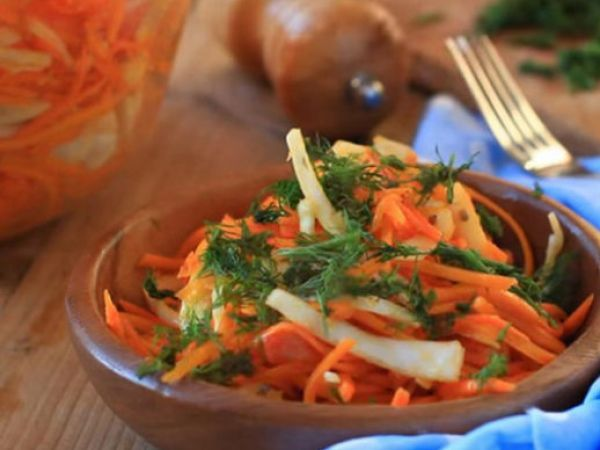 Полезный витаминный салат из сырой тыквы