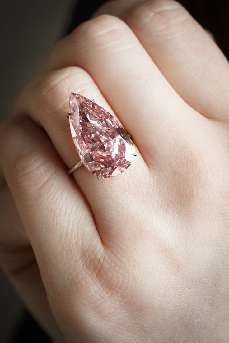 This Exceptionally Rare Pink Diamond Just Sold for $36.1 Million at Sotheby's #Schoolofflaunt #SOF www.schoolofflaunt.com