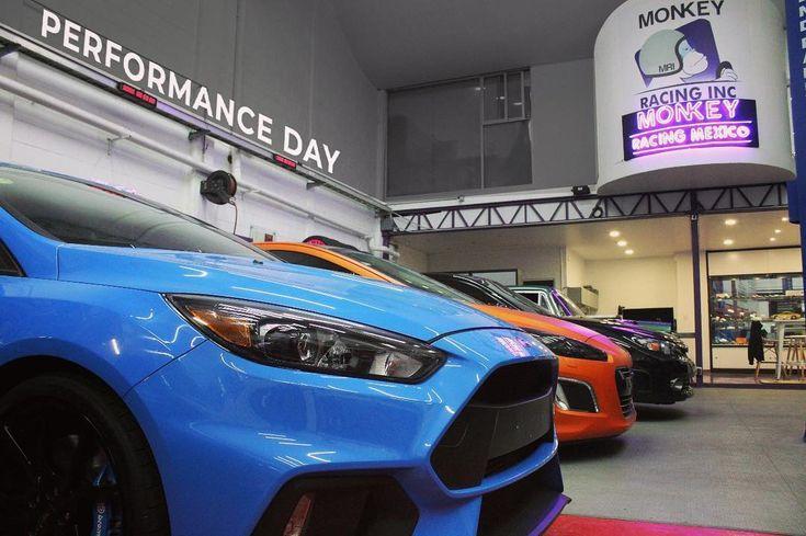 Buen fin de semana  #moram #carshop #taller #mechanic #carinstagram #racecar #performance #mexico #focus #fordfocus #fordfocusrs #rs #turbo #sport #ford #style #drivetastefully #carporn #peugeot308 #speedhunters #carporn #joyofmachine #carsofinstagram #racingcar #impreza #imprezawrx #wrxsti