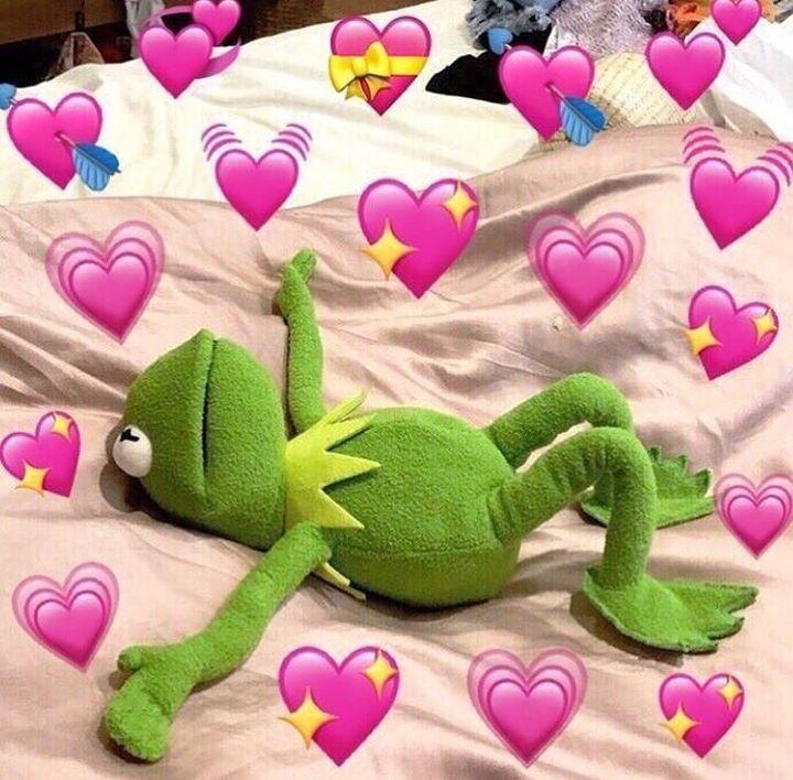 Wake Up And Love Frog Wallpaper Cute Love Memes Cute Memes