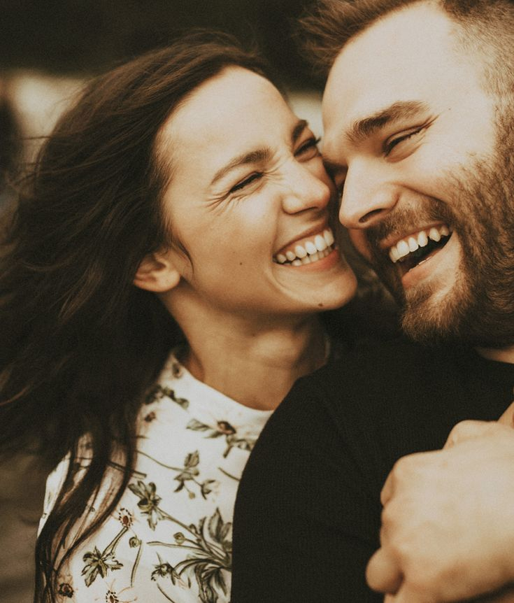 Today I Marry My Best Friend! 20 Cute Engagement Photos That Show Genuine Friendship and Love!